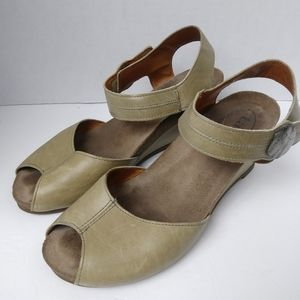 Taos Peep Toe Leather Ankle Strap Wedges. Size 38
